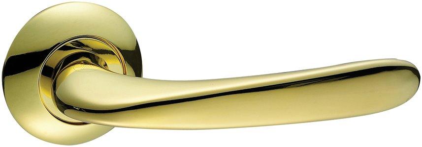 B25 - Yale Beverly Series Door Lever Handle 7